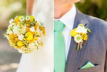 Christina & Lyle / Colors for a sweet Gorge Wedding