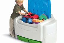 Let's Get Organized! / Help your little tikes get organized with our line of toy chests.