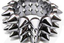 Women's Bracets, Bangles + Cuffs
