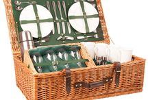 The Highlander Luxury Picnic Hamper / Escape to the hills when the heather is in flower.  The crystal wine glasses add that essential touch of stylish luxury to create a very grown-up picnic. Perfect for those who want to picnic in solitude but like a little luxury as well. This hamper will allow you to bring style to the most remote picnic spot. Available in British Racing Green in 2 and 4 person place setting.  Buy online at www.amberleyhampers.com
