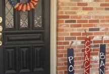 Hurray for the Red, White & Blue / Patriotic Decorations / by Carrie Gatti