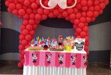 Minnie Mouse Theme / Watch your childs favourite Disney character come to life with our Minnie Mouse themed party. Watch your kid enjoy with Minnie and Mickey and their pet Pluto