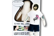 Unfrilly Gifts / The perfect gift for your unromantic, sarcastic, geek or zombie lover. All for $20 or less.