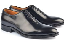 TIMELESS / Modern is going to end, Classic is forever: Gianni Gallucci presents and creates shoes without time.
