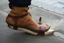 interesting shoe related pins / Strange and interesting leather shoes from the present and the past