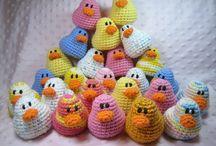 crochet/ knitting