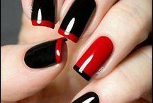 nails.... beautiful.