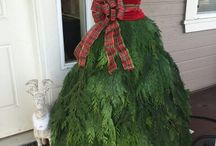 Christmas: Dress Form Trees