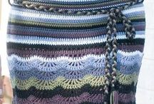 SOS à la recherche du catalogue.... / Je recherche le catalogue qui fait cette jupe au crochet