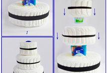 Букеты и торты из памперсов