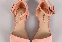 Footsies//
