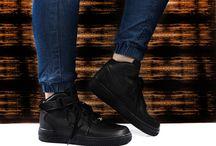 NIKE AIR MAX AIR FORCE / Sneakersy damskie z kultowych kolekcji typu Air max, Air force, Kaishi, Jordan. Najciekawsze modele, które na stałe wpisały się w modę sportswear.