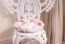 Starožitné pohovky, židle....