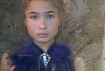 Portfolio. Retrato Contemporaneo. Mujeres. Adolescentes. / #retratocontemporaneo, #retrato, #contemporaryportrait, #fotografiaenmadrid, #estudiofotograficomadrid, #madridphotographer, #womanposing, #woman, #teenagerposing, #teenager, woman photography, #studiophotography, #fotografiaestudio, #fotografiamujer, #mujer, #portrait