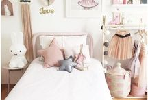 Pink and Grey bedroom for the girls with Paw Patrol theme / Ideas for decorating a girl's bedroom using pink and grey