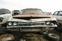 BARN,CRASH AND JUNKYARD CARS