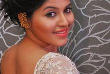 Desi Actress Skin Show / India India Actress Hot sexy skin show