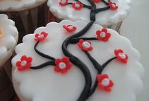 cupcake/cake ideas I will probably copy:) / by Alesha Balcom