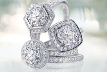 You Had Me at 'Halo.' / Halo style diamond engagement rings