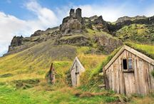 Icelandic turf houses! / The lovely green turf houses of Iecland!