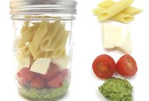 Healthy Foods To-Go / Being on the go all the time (not to mention cheap) is no excuse to eat crappy...