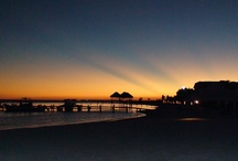 Beach Sunset / An overview of the best Beach Sunsets you have ever seen. Check all the romantic photos on the Beach Sunset Board and click on FOLLOW to stay updated!