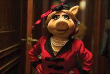 Miss Piggy / by Susan Goscinski