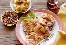 Yum: Brunch & Breakfast / by Melissa McCarriagher