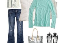 Outfits / by Sue Risseeuw