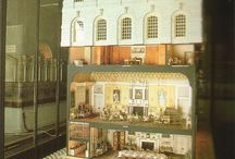 Dollhouses and smallies / by Michele Petrone (Staton)