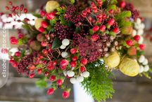 Wedding Bouquets / Inspiration for some beautiful wedding florals. / by Liz Bradley
