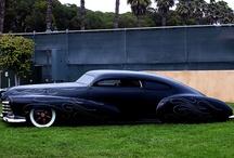 <3 cars