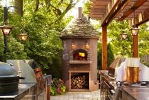 Outdoors Kitchen Ideas / If you have a big garden then perhaps you could add an outdoors kitchen?