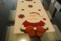 camino de mesa navideño