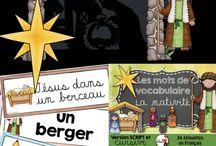 L'histoire de la nativité / L'histoire de la naissance de Jésus, Marie et Joseph est à l'honneur dans ce tableau. Le thème de la nativité, les rois mages, les bergers, et les animaux de l'étable sont proposés aux jeunes élèves du préscolaire et du primaire.