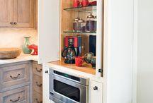 Kitchen / by Caroline Menendez