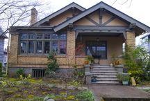 Bungalows / by Suzanne Light