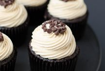 Cupcake recipes / by Autumn Garner
