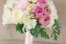 Buchet mireasa cu bujori albi si roz pal / buchet mireasa cu bujori albi si roz pal