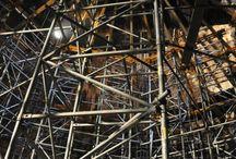"""Oczyszczalnia ścieków """"Hajdów"""" w Lublinie / Rozbudowa oczyszczalni ścieków """"Hajdów"""" w Lublinie obejmuje modernizację czterech komór fermentacyjnych o wysokości blisko 38 m i średnicy 20 m, w tym rewitalizację wewnętrznej powierzchni ścian zbiorników, rozbiórkę i wykonanie nowych kopuł oraz montaż mieszadeł w centralnej części komór. Sprzęt naszej firmy wykorzystywany jest do wykonania deskowania kopuł oraz układu konstrukcji wsporczej."""