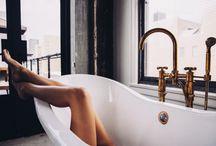 b a t h r o o m / Einrichtungsideen für das Badezimmer, Dusche und Waschtisch // bathroom interior