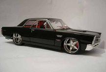 Classic and Custom Cars