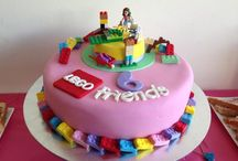 lego friebds cake