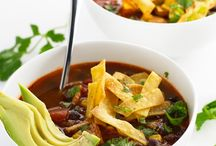 Recipes: Slow Cooker / by Bethany Spilde