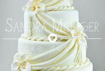 Classical and Elegant Cake Designs / Timeless, Classical and Elegant Cake Designs.