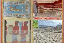 """Palazzo di Cnosso (Grecia - Creta - Heraklion) / Cnosso è uno dei siti archeologici più visitati al mondo e il più importante della cultura minoica ed è situato nell'isola di Creta a 5 km dalla città di Iraklion. La sontuosa città-palazzo è ritenuta la sede del mitico re Minosse (da cui il nome di civiltà """"minoica""""). Le suggestive rovine che rendono testimonianza di una architettura """"labirintica"""", con il susseguirsi di migliaia di ambienti raccordati da scale, colonne, verande sono state riportata alla luce all'inizio del secolo scorso"""
