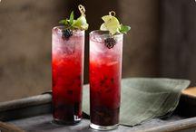Drinks / by Kayla Musser