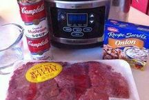Summer Crockpot Meals / i am looking for simple recipe ideas to cook in the crock pot this summer. I hate a hot kitchen, don't you?