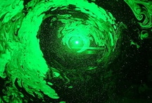 Laser Fog Projector - Laser Light Show / This exciting new Laser Fog Light Show combines the brilliance of green laser light with a fine mist/fog to display this marvelous light show as a miniature laser show like the ones used in rock concerts. Now you can have this miniature light show on your coffee table or end table by your bed for the ultimate light show. This soothing lighting effect can focus your attention on its beauty to help you unwind after a busy day or liven up your home or party with its dazzling light show.