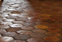 terracotta (antique + belgian black)